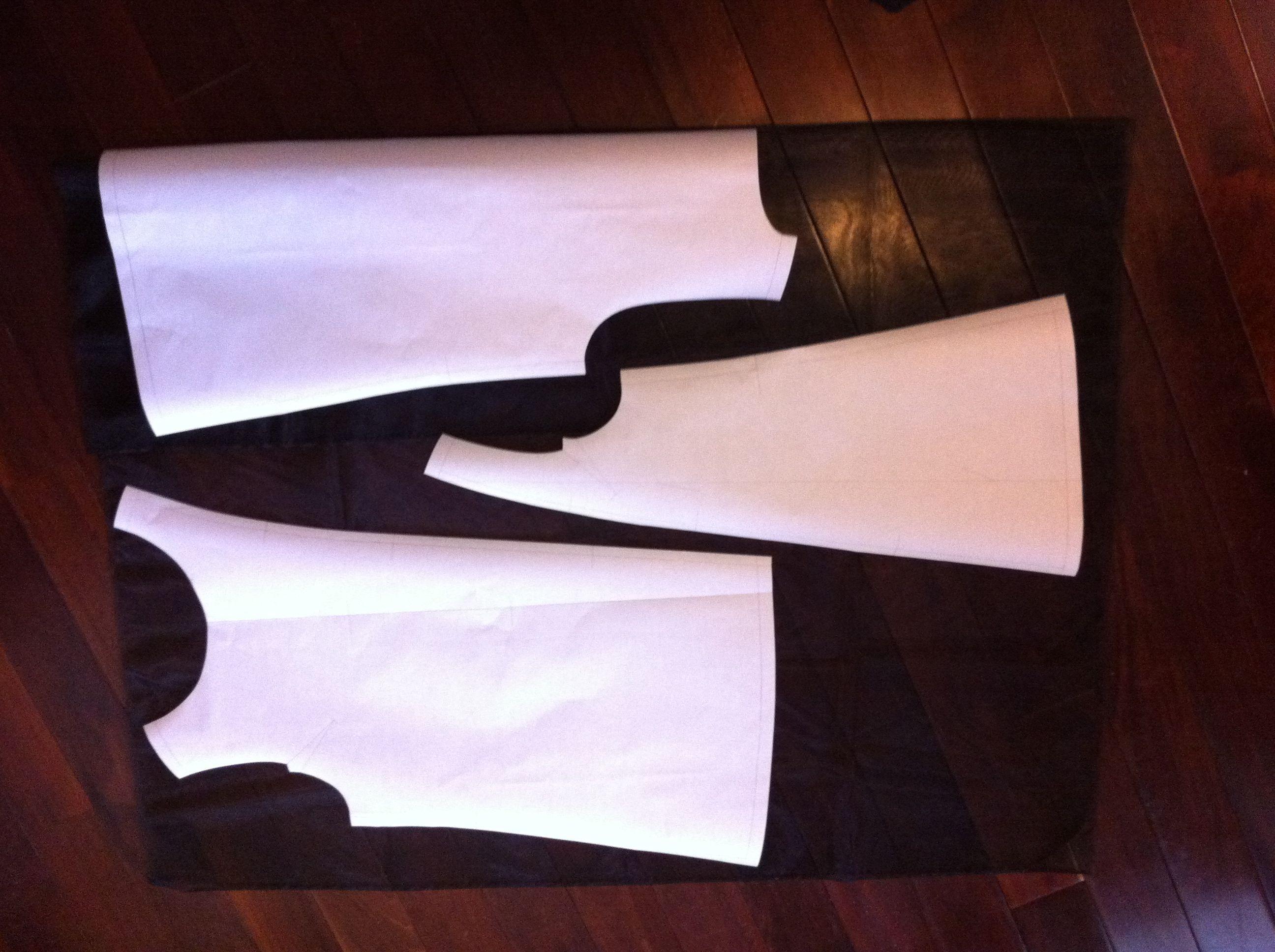 オーガンジートップス 渦巻きフリルと袋縫い始末